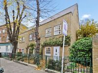 3 bedroom house in St David's Mews, Isle of Dogs E3