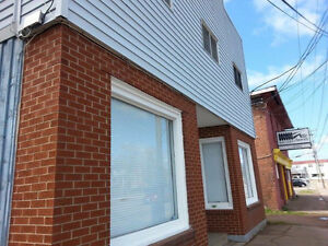 Sackville downtown !3 beds 2 bath apartment!All included!