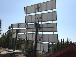 Système solaire 530 watts et onduleur Magnum Energy