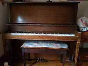 Free upright grand piano