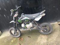 Monster stomp 125cc pitbike