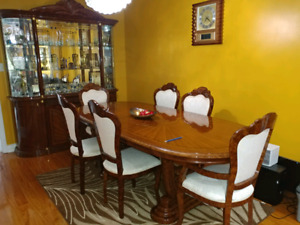 9 piece wood dining room set with buffet