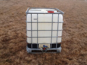 Used 1000l totes