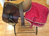 "18"" English/polo saddle"