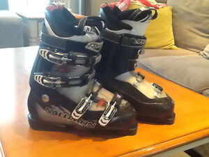 Salomon 26.5 boots for sale, used for one season