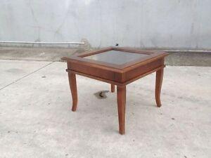 Tavolino bacheca basso arte povera in legno da salotto for Tavolini arte povera