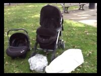 Silver Cross 3D Travel System with Venture Car Seat and Carry Cot