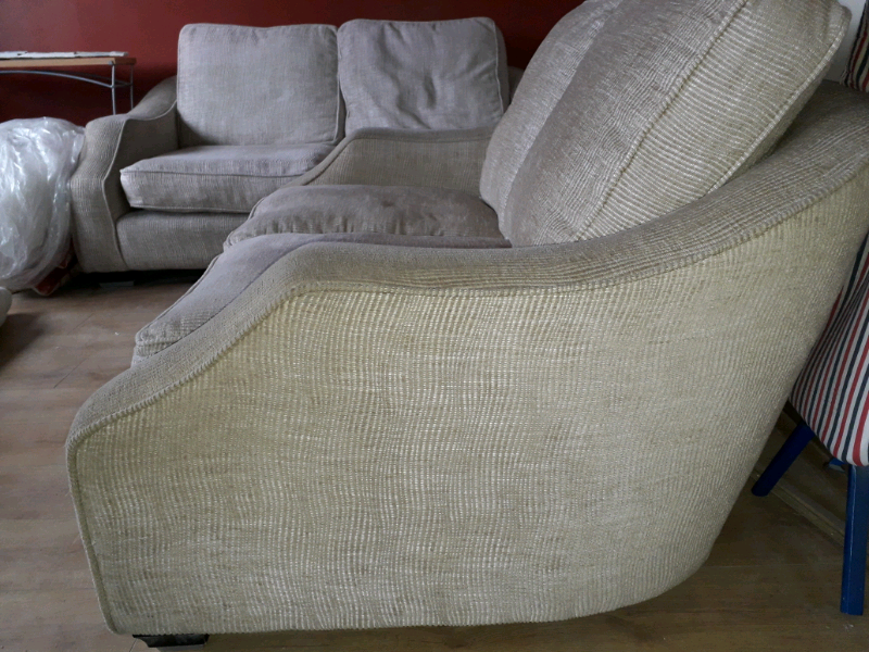 3 2 Sofas In Larne County Antrim Gumtree