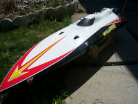 Sharp 48'' R/C GAS BOAT W/ HIGH PERFORMANCE ENGINE