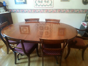Mint condition antique solid mahogany 10 piece dining set