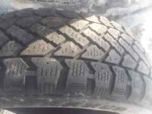 205 55r16 tire (only one)