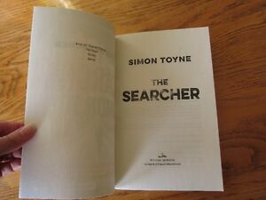 """The Searcher"" by Simon Toyne - Brand New Novel - Great Gift! Kingston Kingston Area image 5"