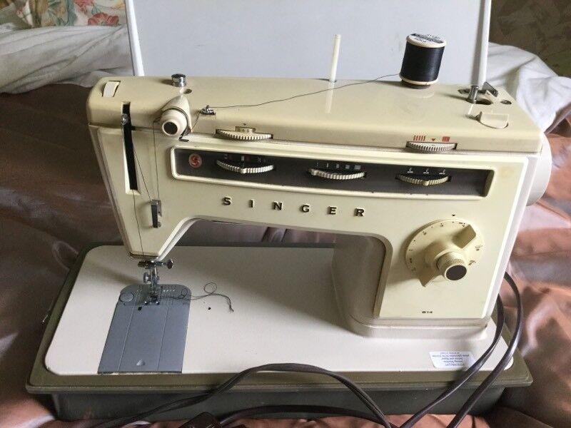40 Singer Sewing Machine 40s In Anstruther Fife Gumtree Interesting 1970s Singer Sewing Machine