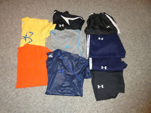 Under armour  youth clothing size men's small