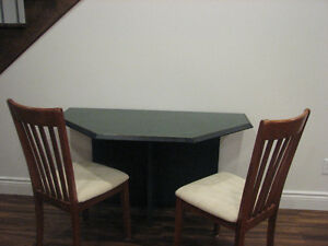 Solide table d'appoint vert forêt