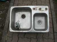lavabo de cuisine/ kitchen sink