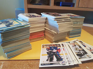 Over 1,000 Classic Hockey Cards