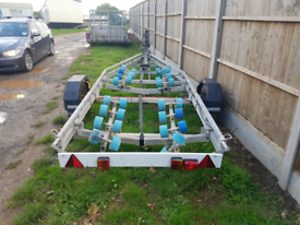 Roller boat trailer wanted