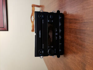 2007 FORD MUSTANG SHAKER 500 RADIO 6 DISC MP3 CD PLAYER