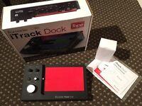 Focusrite iTrack Dock, Peavey Ampkit, iPad