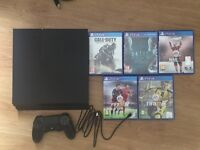 PS4 500gb, 1 controller and charging cable, 5 games, hdmi cable and original packaging