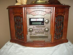 Radio/ Cd and Cassette player/antique look