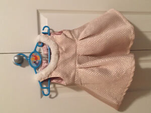 Girl dresses size 6-12months