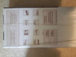 12mm Laminate Flooring x4 cases