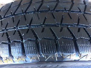 4 x Bridgestone Blizzak WS80 tires on rims