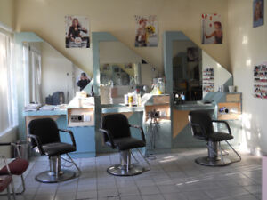 Salon Stations and Hairstylist Chairs - Good Quality