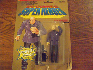 LEX LUTHOR ACTION FIGURE IN PACK