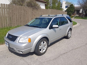2006 Ford FreeStyle X Limited Wagon With Full Set of Winter Tire
