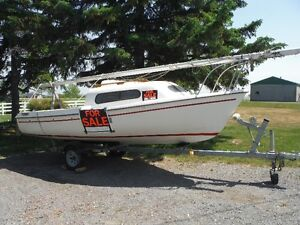 1983 17 foot Siren Sailboat and excellent Trailer