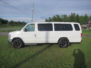 2011 Ford E-350 Minivan, Van-CERTIFIED***REDUCED***