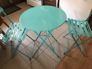 Steel foldable table and chairs