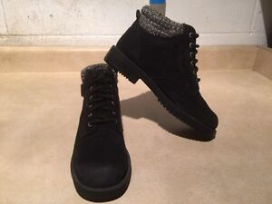 Women's Rugged Outback Leather Boots Size 6.5 London Ontario image 8