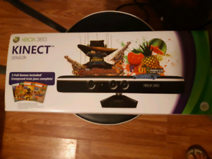 KINECT FOR XBOX 360 & 3 GAMES