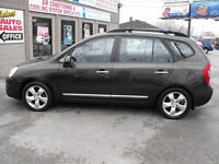 2009 KIA RONDO EX 7 PASSENGER  LEATHER-SUNROOF-A MUST SEE  !!