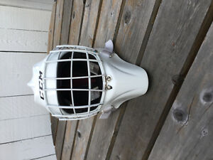 CCM 9000 Senior Goalie Helmet