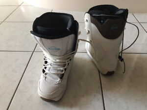 Rossignol Womens Snowboard Boots - Size 5