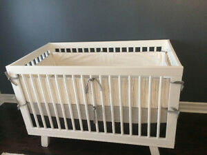 baby CRIB with matress + bedding + accessories LIKE NEW!!