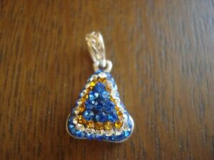 belle breloque en argent 925 et cristal blanc bleu or Turc