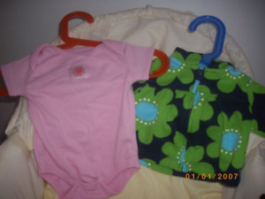 Selling baby girl clothes