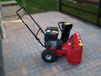 MTD XTREME AUGER 5.5 HP snowblower Excellent Cond. $275 OBO !!