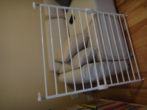 baby gate  - sold Pending pick up