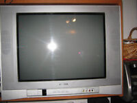 Toshiba 20 in. Flat screen TV with remote