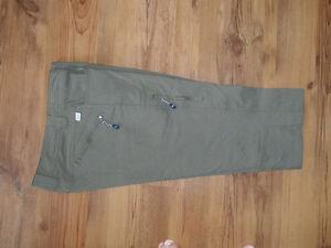 Pantalon mi-jambe Chlorophylle taille 8-10