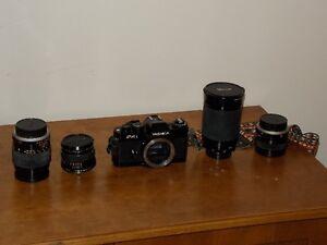 YASHICA FR I (FR 1) - Vintage Camera - 4 Lens / Case / Flash