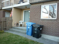 Bow trail sw, 3BR Townhouse