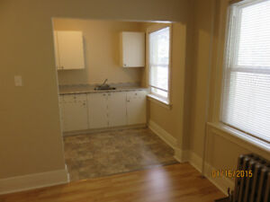 TRAIL, BC:  One Bedroom Apartment